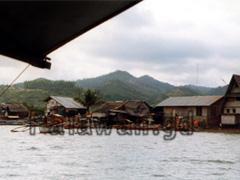 Auslegerboot bei Roxas